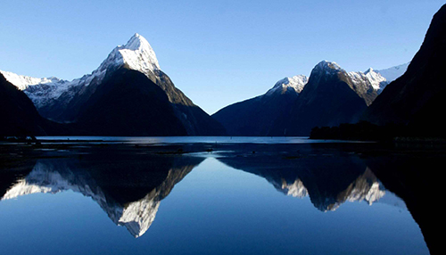 Milford Sound, Aotearoa New Zealand - http://www.amazingnz.com/8Days-English.html